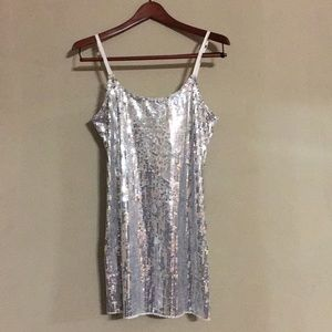 ✨FREE PEOPLE ✨INTIMATELY- SILVER SEQUIN SLIP DRESS